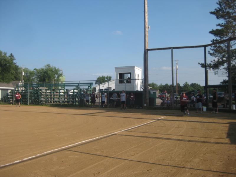 LZ Softball 2011 035.jpg