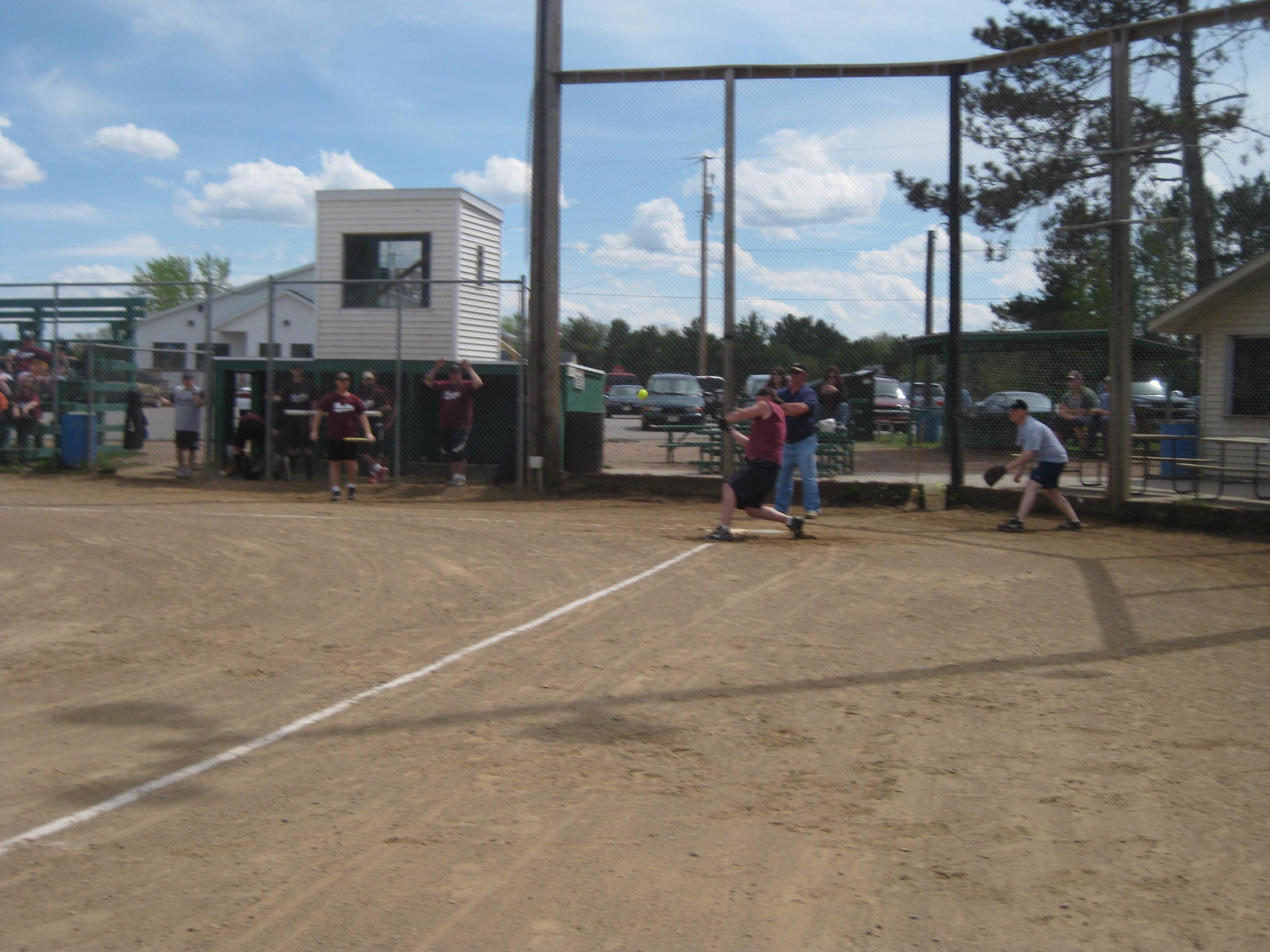 LZ Softball '10 005.jpg