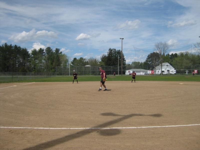 LZ Softball '10 001.jpg