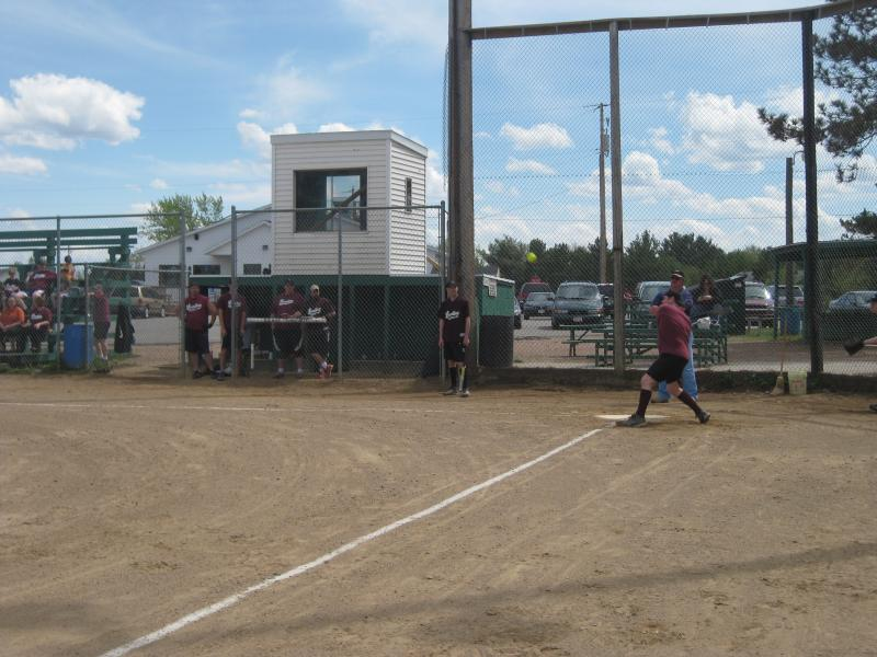 LZ Softball '10 004.jpg
