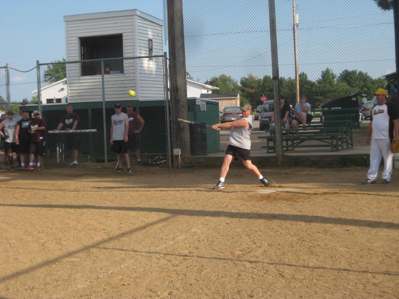 LZ Softball '10 056.jpg
