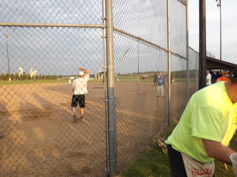 softball tourney 2013 (18).JPG