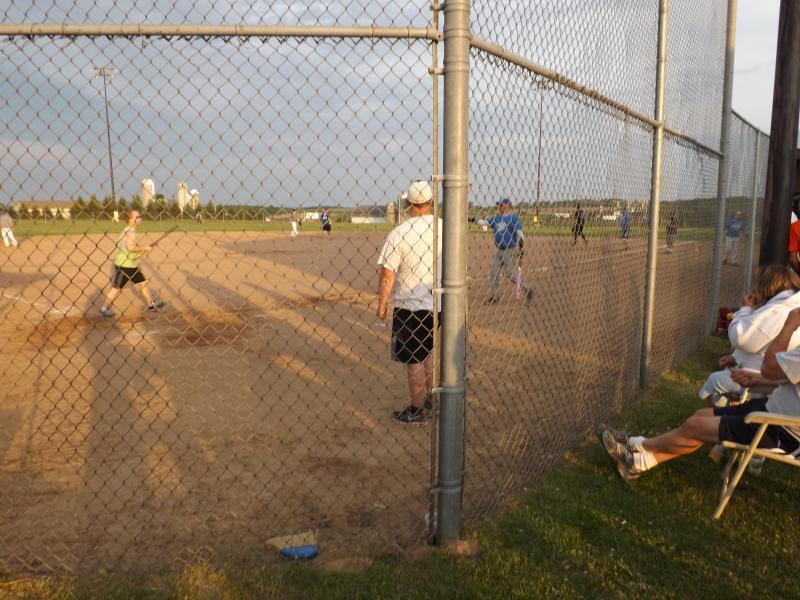 softball tourney 2013 (20).JPG