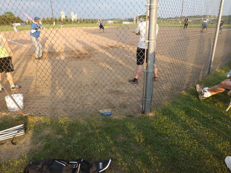 softball tourney 2013 (22).JPG